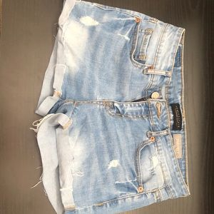 Distressed shorty